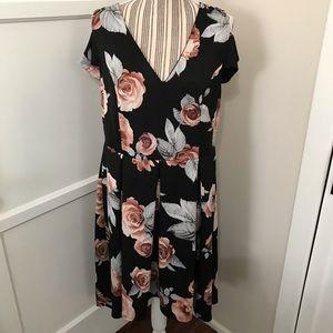 ❖BOGO!❖ Plus Size Floral Hi-Low Dress